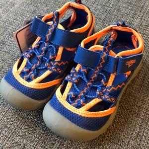Oshkosh water sandals